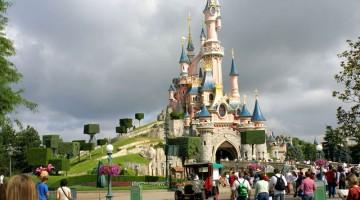 Chi non si sentirebbe come una principessa dentro un castello così? Per vederlo basta andare a Disneyland Paris (foto: flickr/christian-grunert)