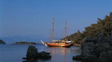 Il porto di Bodrum è il punto di partenza di molte escursioni in barca