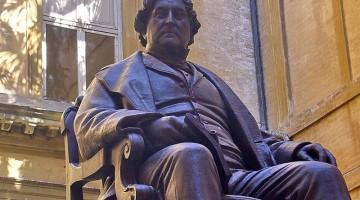 Nel 1792 nasce a Pesaro uno dei più grandi compositori italiani, Giocchino Rossini. Il ?Cigno di Pesaro?, come fu soprannominato, visse in un palazzo del centro dove oggi sorge il museo Casa Rossini (foto: flickr/mrjazzz)