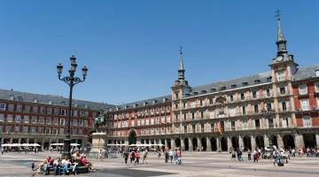 Plaza Mayor a Madrid (foto Alamy/Milestone Media)