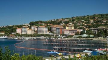 Relax e trattamenti termali a poche ore dall'Italia, a Portorose (foto Alamy/MilestoneMedia)