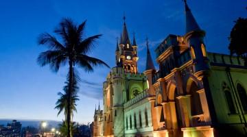Il palazzo neo-gotico di Ilha Fiscal, sulla Baía de Guanabara. Qui, nel 1889 si tenne l'ultimo ballo imperiale