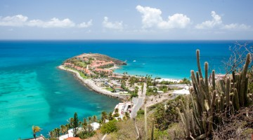 Le acque cristalline dell'isola di Saint-Martin (foto: St. Maarten Tourist Bureau)