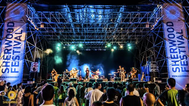 Techno, movida e reggae, 10 beach party top a Ferragosto