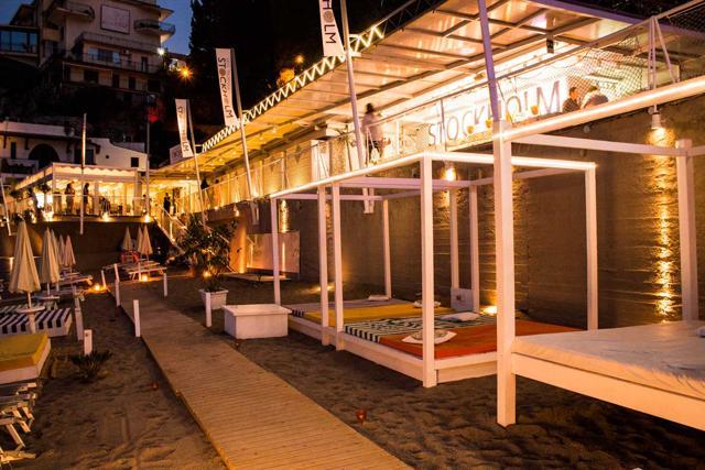 Techno, movida e reggae, 10 beach party top a Ferragosto