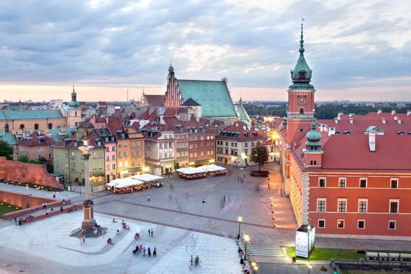 La piazza del Castello nella Città Vecchia, a Varsavia (foto: Getty Images)