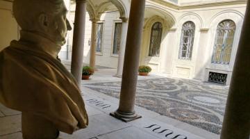 cortile-palazzo-morando-foto-Andrea-Rovatti-