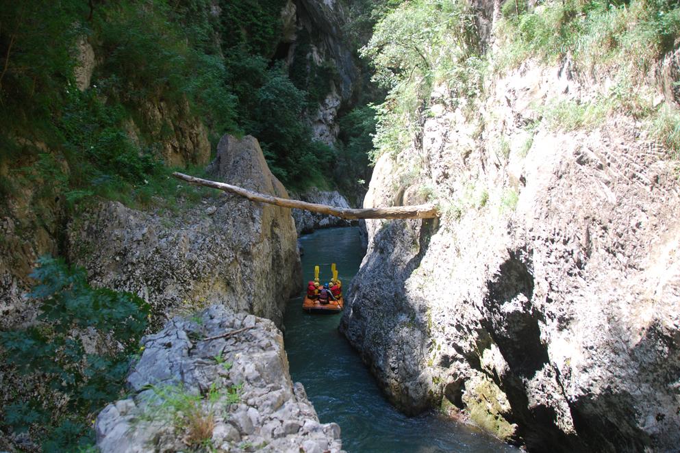Calabria: gole, cascate e canyon