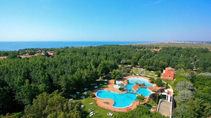Foto Vacanze in villaggio: dalle Baleari alla Croazia