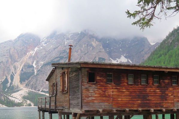 Foto Cabin Porn. Ossessione baita nel bosco, le più belle