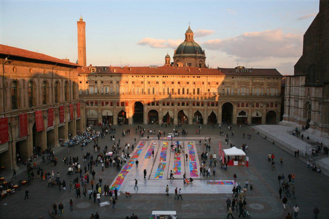 Le vie dello struscio Bologna