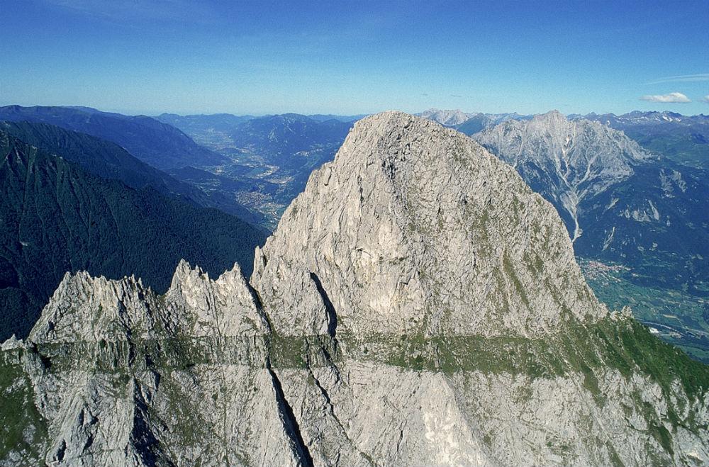 Val Camonica: dall'arte rupestre online alle botteghe
