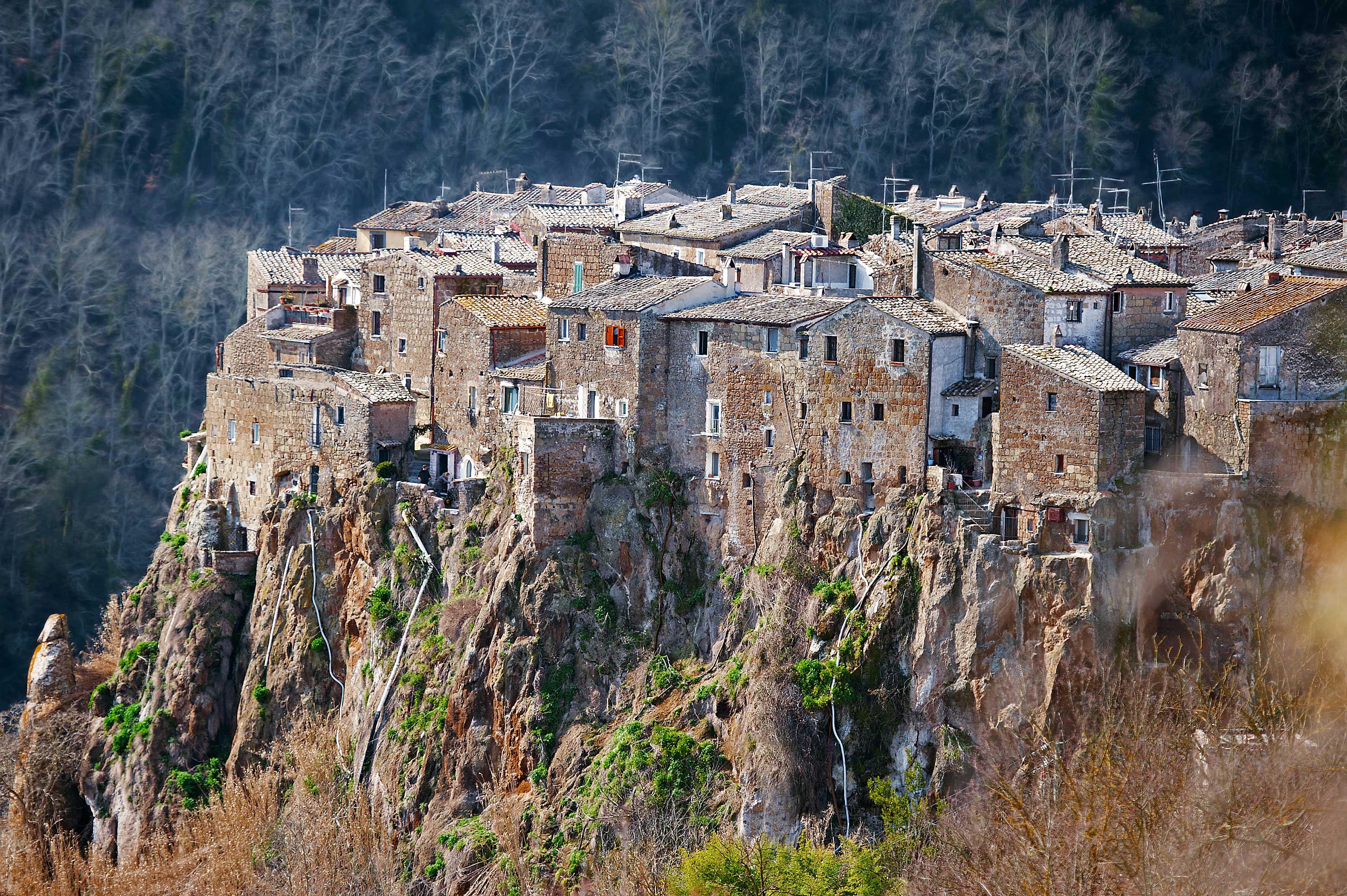 I 20 borghi nella roccia pi belli d 39 italia dove viaggi for Vacanze a novembre in italia