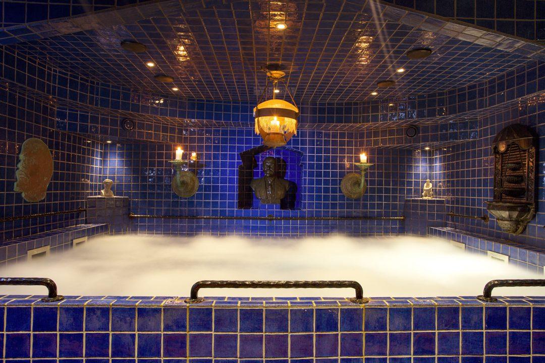 Sott'acqua o sottoterra. Ecco le spa più curiose del mondo