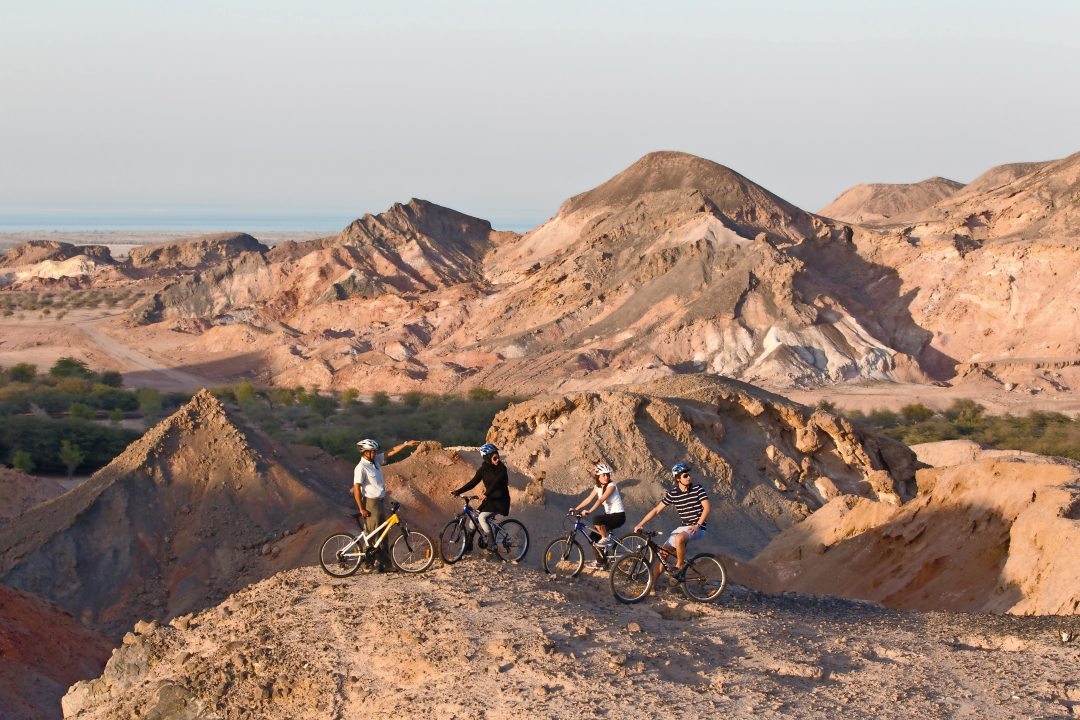 Abu Dhabi: sport e relax nel deserto