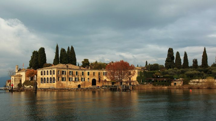 Foto Lago di Garda: tra borghi e uliveti