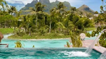 Four Seasons Resort Bora Bora pool spa