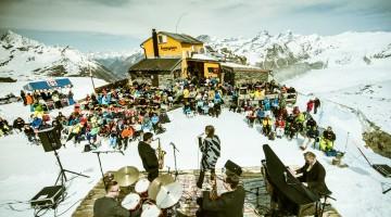 1_Gandegghütte-by-Rob-Lewis