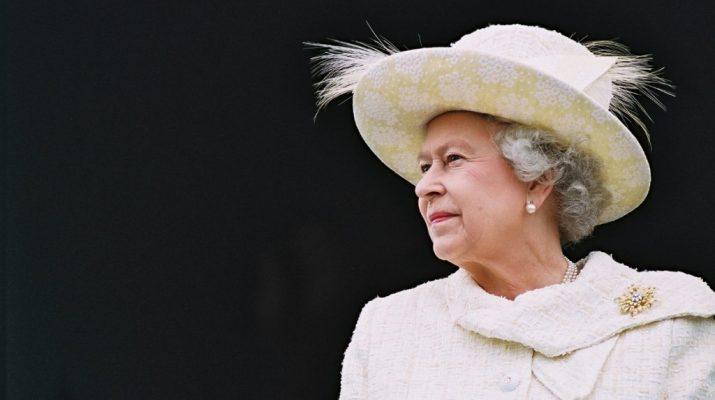 Foto I 90 anni di The Queen: gli eventi (e i gadget) da non perdere