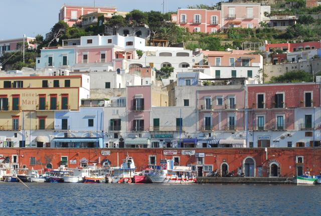Borghi sul mare: i 40 più belli d'Italia (più qualcuno segnalato dai lettori)