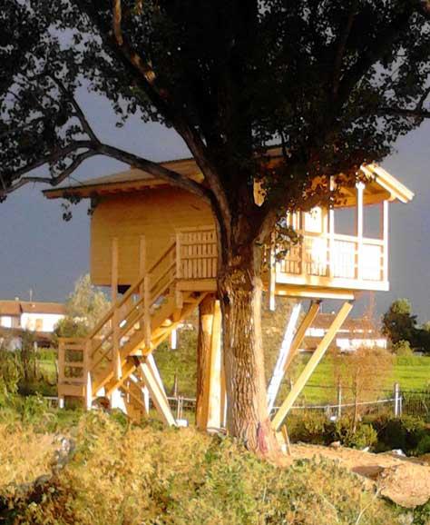Le più belle case sugli alberi italiane. Per vivere in una fiaba