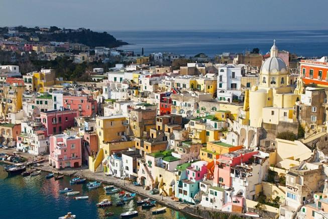Procida, uno dei borghi sul mare più belli d'Italia