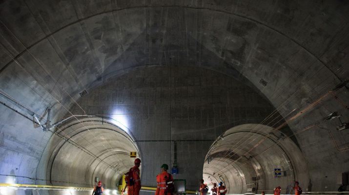 Foto Viaggio nel nuovo tunnel del Gottardo