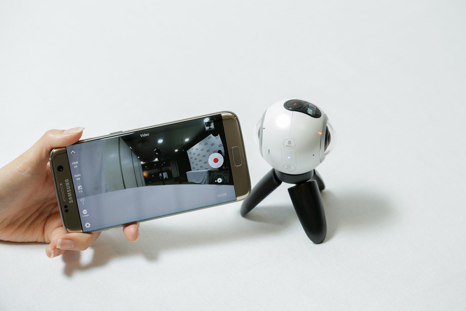Samsung Gear360, dal Selfie al Roundie