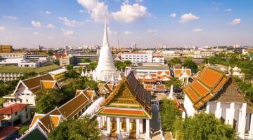 Wat Pathum Wanaram in Bangkok, Thailand
