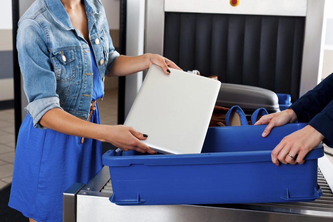 Gli oggetti più strani sequestrati in aeroporto