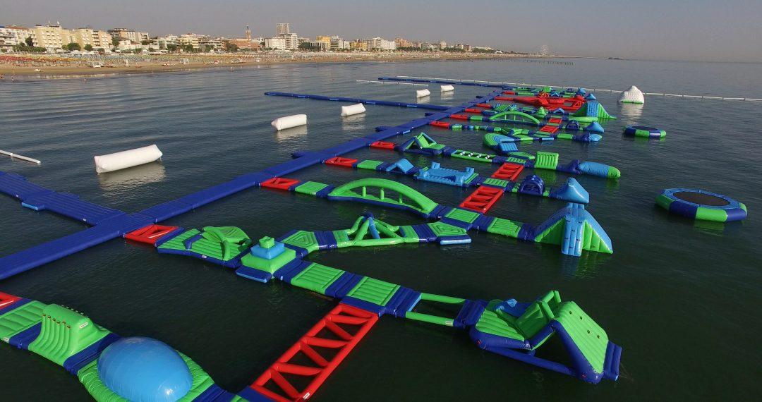 Il parco acquatico nel mare di Rimini