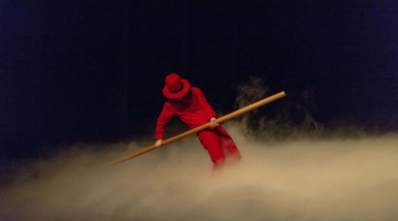 theatre solo of Cédric Charron directed by Jan Fabre/ Troubleyn