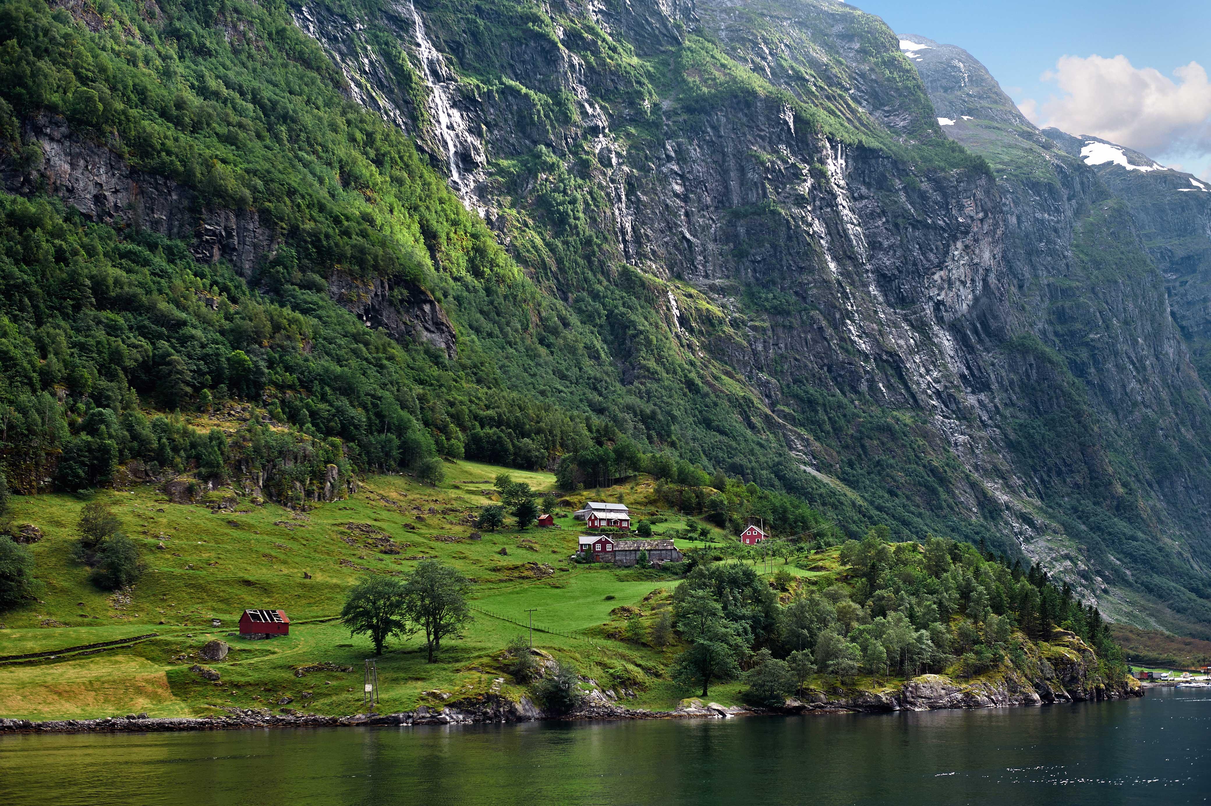 Norvegia on the road: da Bergen a Kristiansund, fiordi e cascate