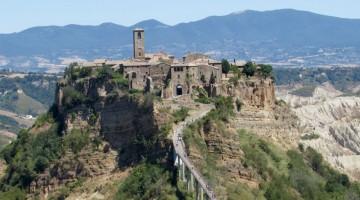 Borghi più belli d'Italia: Civita di Bagnoregio superstar (dall'Unesco a Airbnb)