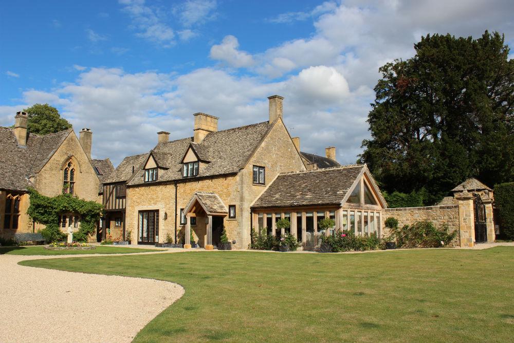 Cotswold viaggio nella campagna inglese pi romantica for Piccole case di campagna