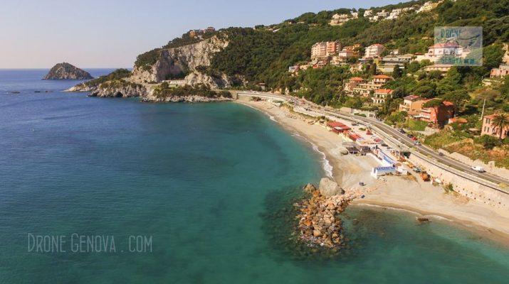 Foto 15 spiagge della Liguria viste dal drone