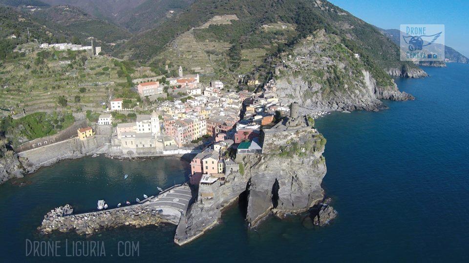 15 spiagge della Liguria viste dal drone