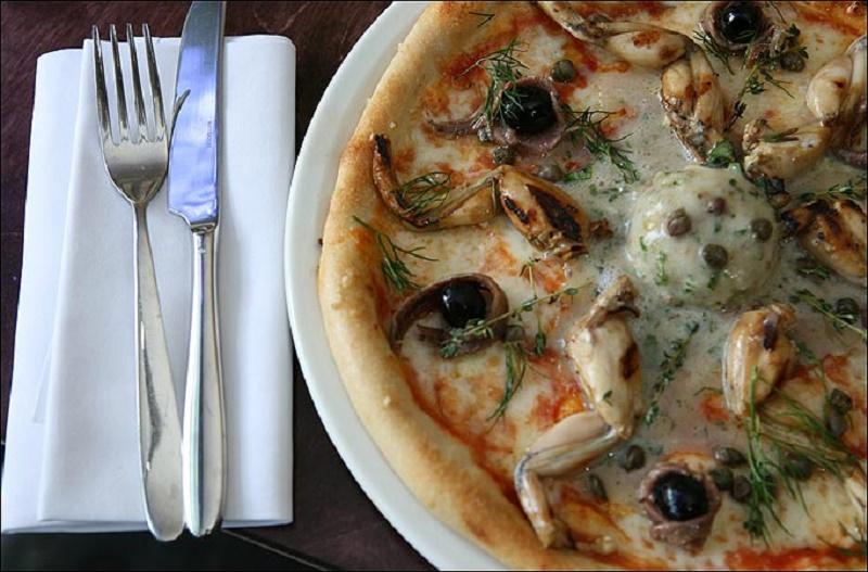 Pizze pazze, i gusti più strani dal mondo