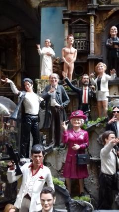 Michael Jackson, la regina Elisabetta, il principe Harry (statuina realizzata dopo lo scandalo che lo vide coinvolto con alcune ragazze), Adriano Celentano.