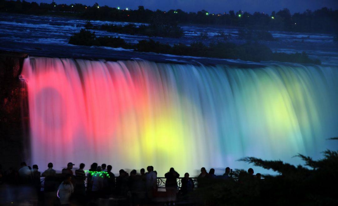 Le cascate più famose degli Usa a colori