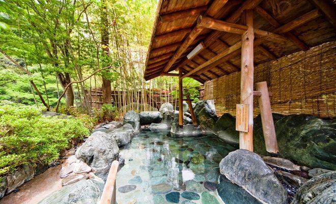 Foto In Giappone un hotel con 1300 anni di storia