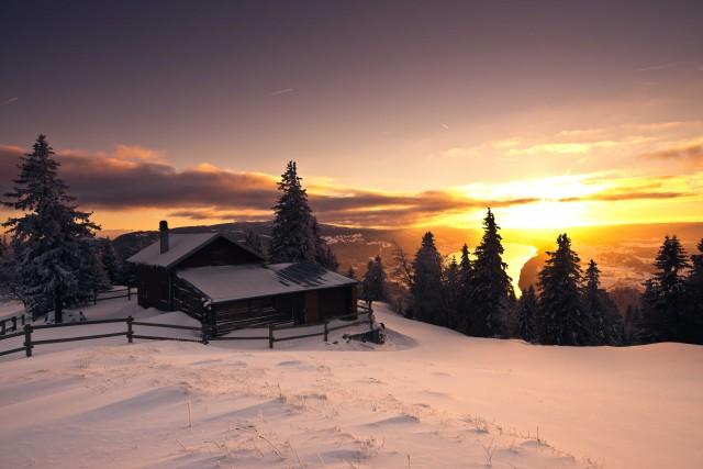 In Svizzera, nella valle di Joux, tra formaggi e orologi di lusso