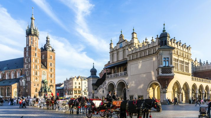 Foto Europa: viaggio nel Medioevo tra borghi e città