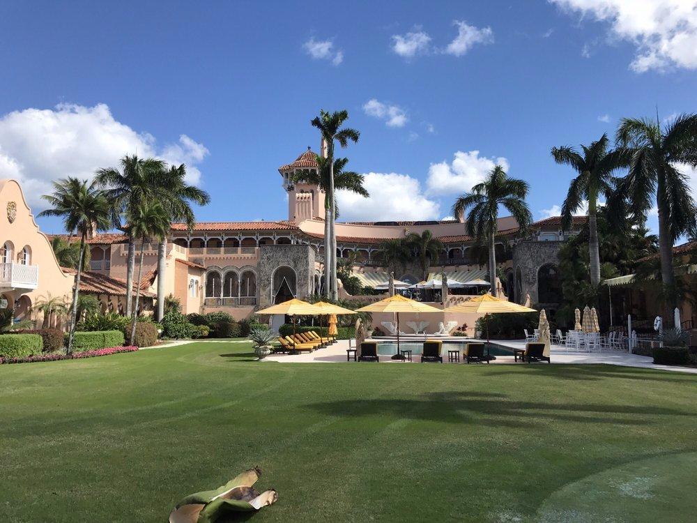 128 camere, cinque campi da tennis, tre rifugi antiatomici: ecco la tenuta di Mar-a-Lago, dove andrà a vivere Donald Trump