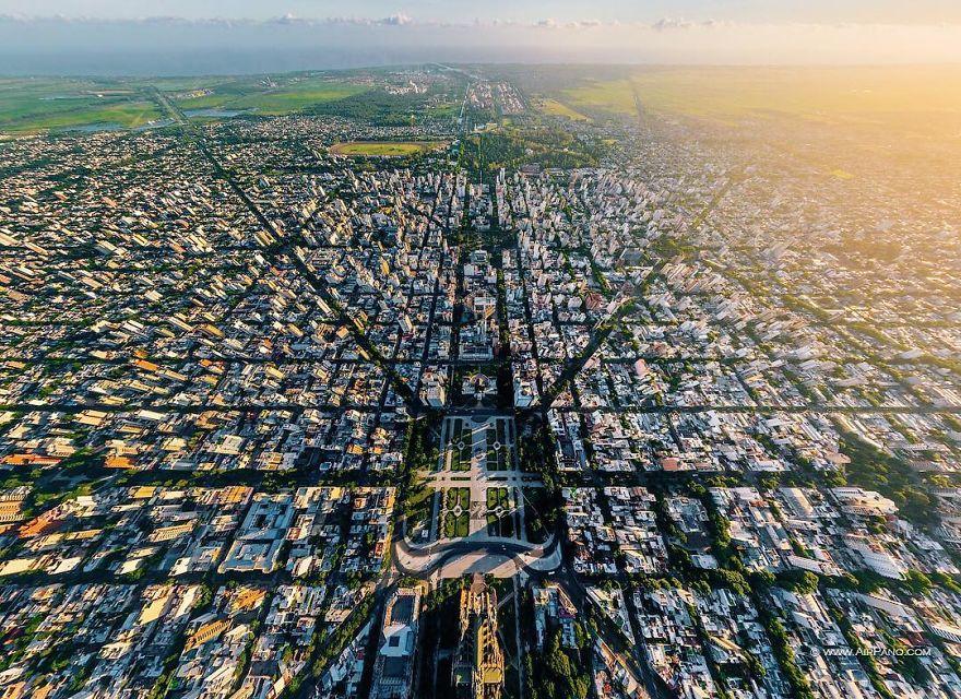 Le belle foto delle città dall'alto