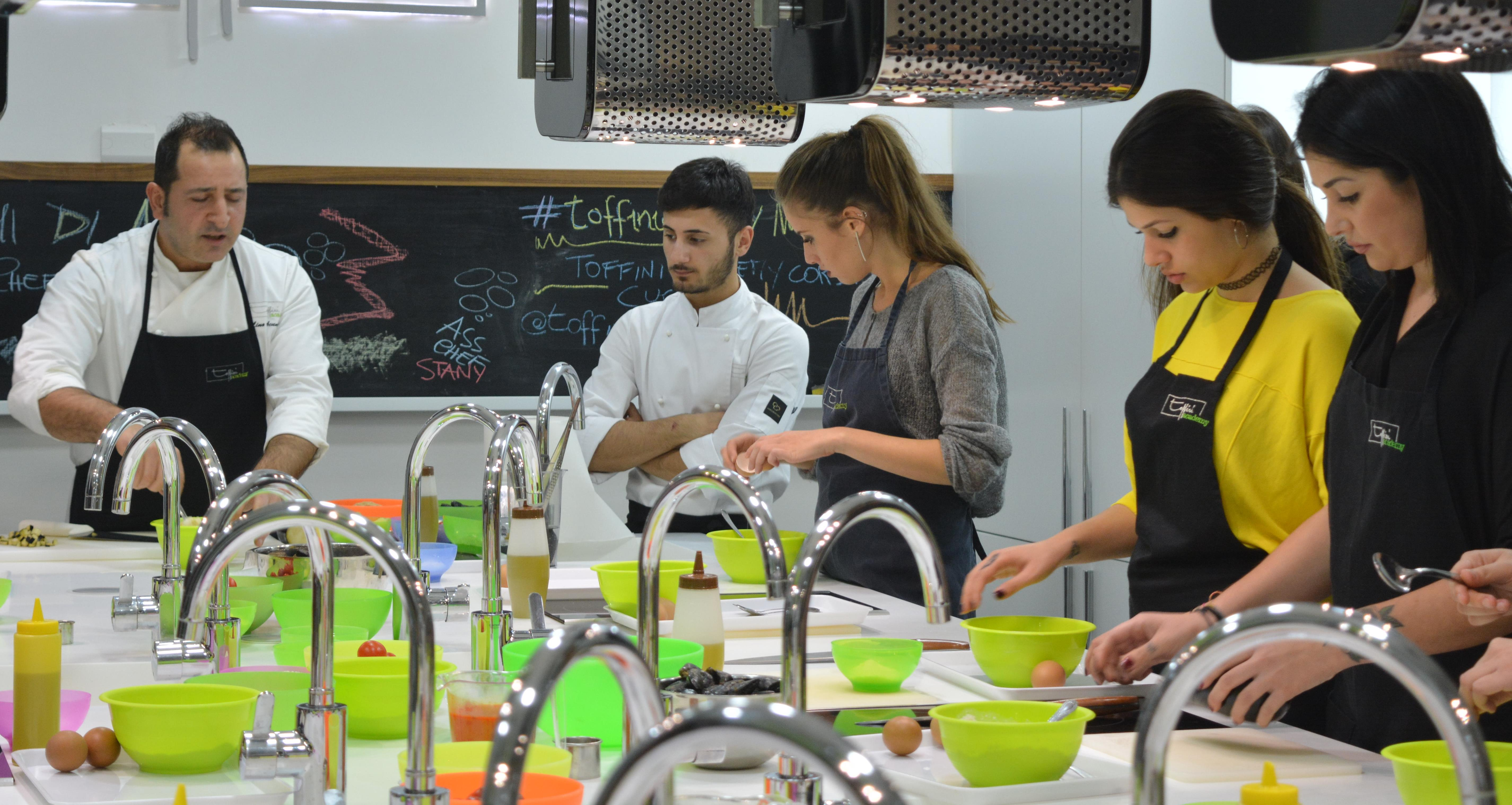 Scuole di cucina a milano torino firenze roma e napoli for Scuole di cucina in italia