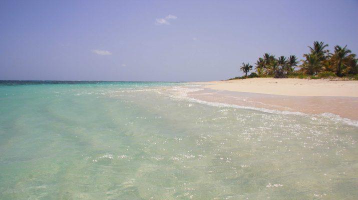 Foto Anguilla: spiagge, nightlife e sapori coloniali