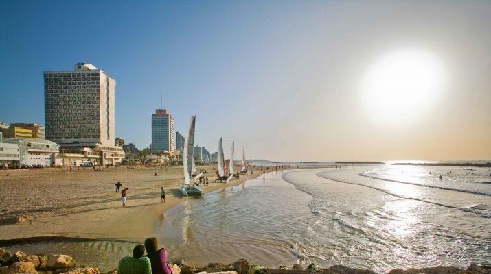 Foto Tra Tel Aviv e Gerusalemme, un long weekend di puro divertimento