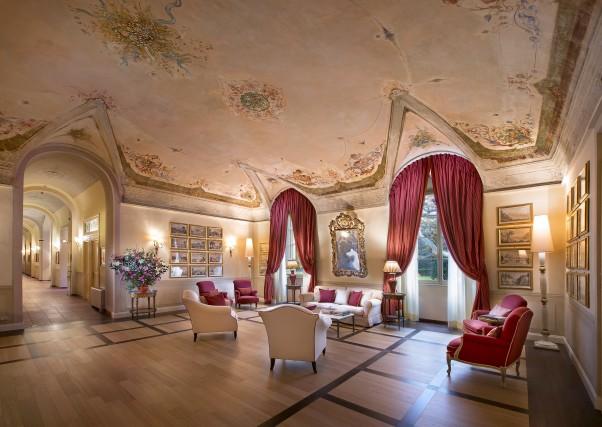 Saloni ottocenteschi a Grotta Giusti