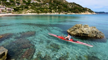 Vacanza active all'Isola d'Elba: trekking, diving e tour in kayak